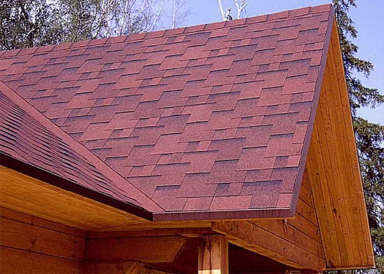 Монтаж крыши дома из бруса