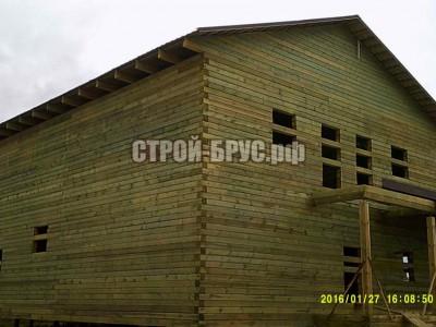 Двухэтажный дом прямоугольной формы